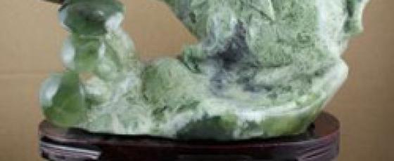 岫玉甲翠是什么