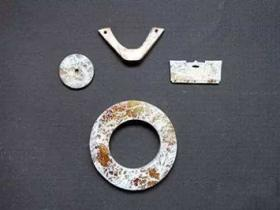 古代玉器白化现象